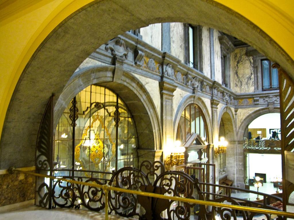 Palazzo Zevallos 7