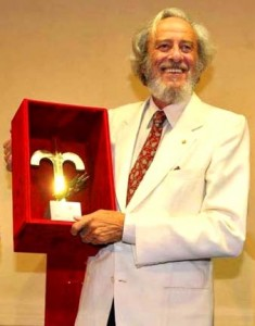 l-attore-mariano-rigillo-riceve-il-premio-citta-di-trieste-riconoscimento-alla-carriera-per-il-teatro-90364